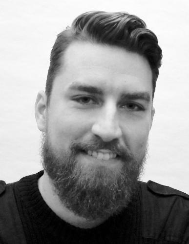 Christian Gorm Hansen:ekstern Lektor på institut for tværkulturelle og regionale studier ved Københavns Universitet. Har tidligere været med til at drive medlemsuddannelsesforløbet Café Marx i Enhedslisten.email: cgh snabel-a marxistiskanalyse.dk